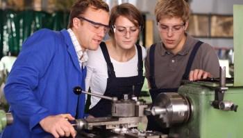 APPRENDISTATO–Vòlano le assunzioni under 30 in Sardegna: +56,2% rispetto al 2016. L'Isola prima in Italia nel contratto che prepara i giovani al lavoro