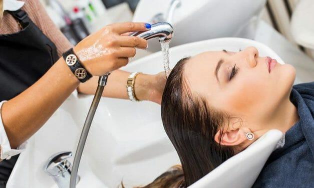 BENESSERE E COSMESI–Confartigianato Sardegna-Trattamenti di bellezza e cosmetici sardi: in Sardegna volano imprese e spesa. Oltre 3.300 attività, più di 5mila addetti e 355 milioni di euro di consumi.