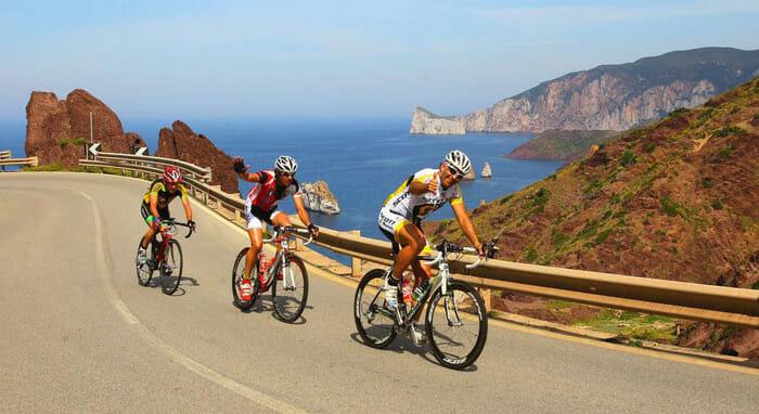 BICI E ARTIGIANATO – Biciclette, turismo, ambiente e imprese. La passione per le due ruote fa correre l'economia anche in Sardegna.