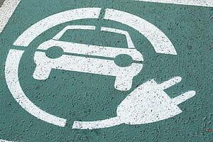 AUTO ELETTRICHE E IBRIDE–In Sardegna cresce la voglia di auto elettriche e ibride: 723 immatricolazioni solo nel 2017.