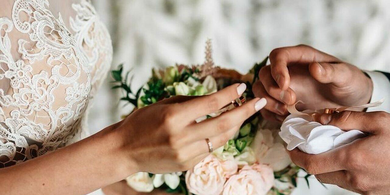 """WEDDING – Il """"si"""" dei matrimoni per far ripartire l'economia sarda. Nell'Isola oltre 13mila imprese impegnate in matrimoni e più di 30 figure professionali coinvolte. Matzutzi e Serra (Confartigianato Sardegna): """"Incentiviamo il wedding tourism con interventi mirati di promozione dei territori e delle loro bellezze""""."""